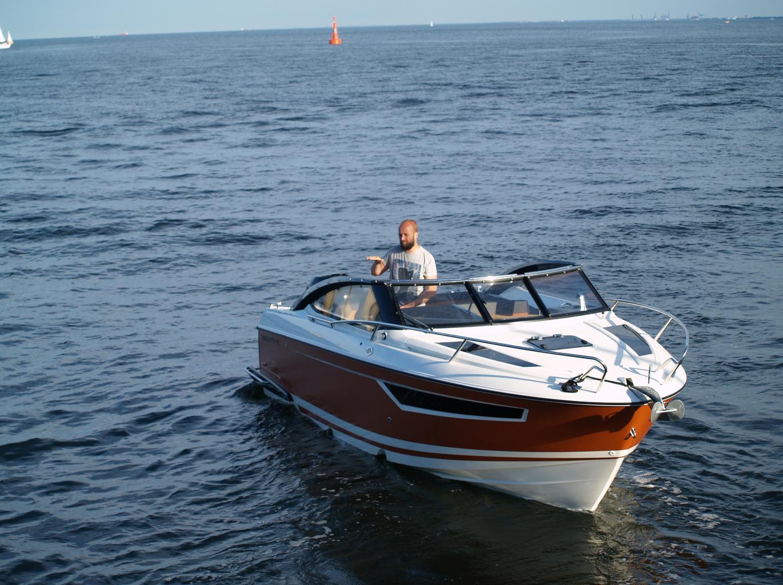 Parker boat 750 DC